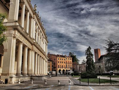 Vicenza - Palazzo Chiericati Image by Luca Rossi on Flickr
